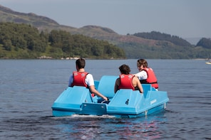 1 HOUR PEDAL BOAT HIRE LUSS