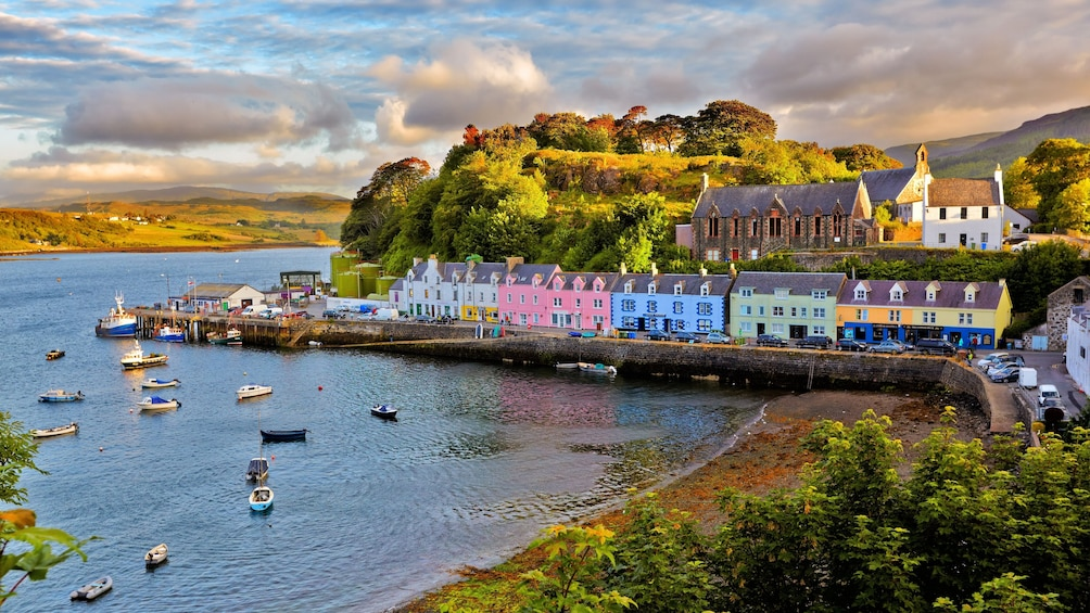 Show item 3 of 10. 3-Day Isle of Skye & the Highlands small group tour