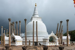 Travel Sri Lanka within 13 Days