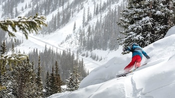Sun Valley Multi-Day Snowboard Rental Package with Delivery
