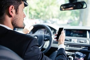 Private Transfer from Chateau de Chantilly to Paris City Centre