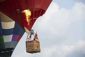 Private hot-air balloon flight near Monterrey