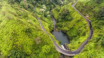 Intimate Road to Hana Tour from West Maui