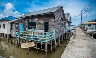 Senggarang Water Village Tour