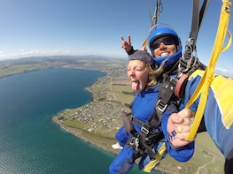 12,000ft Skydive