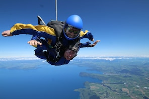 15,000ft Skydive