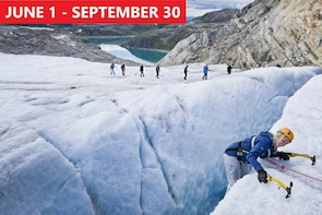 PRIVATE DAY TOUR - BLUE ICE HIKING ON FOLGEFONNA GLACIER