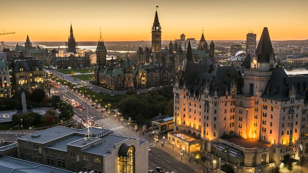Show item 2 of 3. Eastern Canada 6-Night 7-Day Complete Tour, 3 Star Hotels