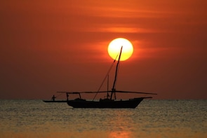 Sunset Dhow Cruise Stonetown Zanzibar (Sharing Tour)