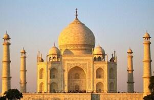 Private Sunrise Taj Mahal & Agra Fort from Jaipur by Car