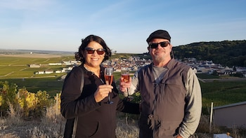 Champagne UNESCO Tour & outside tasting