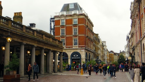 London Pub Walking Tour of Covent Garden