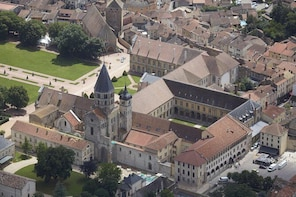 Skip the Line: Cluny Abbey Ticket in Burgundy