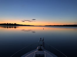 Ottawa River Sunset Tour, Private Yacht
