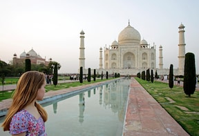 From Delhi Sunrise Taj Mahal Tour by Car with Cooking Class