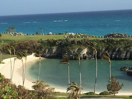 The Bermuda homes,hotels and hidden gems experience
