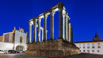 Full Day Evora, Esporão & Monsaraz Private tour from Lisboa