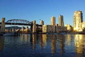 Vancouver City Sightseeing Driving Tour Private