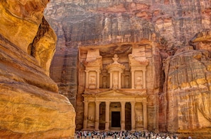Aqaba: Full Day Tour to Petra with Lunch