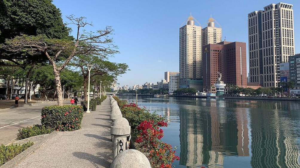 Show item 1 of 7. Kaohsiung City Love River Tour  [Indonesian Speaking Guide]