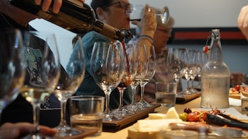 Coffee, Chocolate & Wine Tour (General Pick-up)