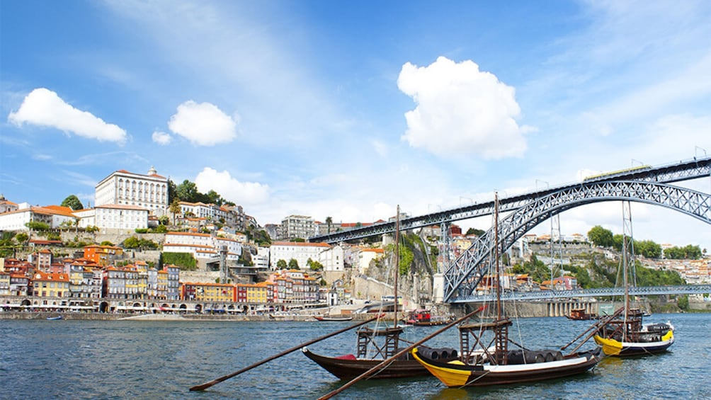 Show item 3 of 7. Cruise of the Six Bridges in Oporto