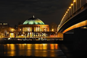 Best of Dusseldorf with a licensed guide