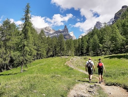 Hike the Dolomites - Private excursion near Cortina (1 day)