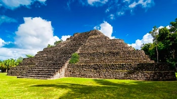 Costa Maya Shore Excursion: Chacchoben Small Group Tour with