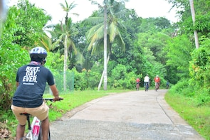 Galle: Small Group Morning Bike Tour with a Local Guide
