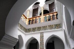 Casbah walking tour by Algeriatours16