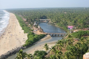 Kannur City Full Day Private Sightseeing Tour with Guide