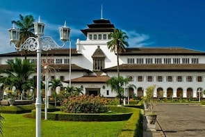 EXCURSION TO BANDUNG CITY (Start From Jakarta)